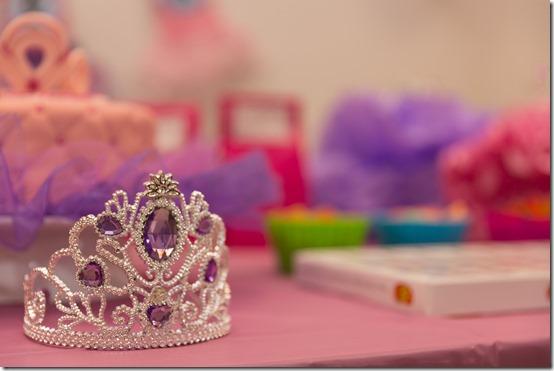 crown-2526570_1920